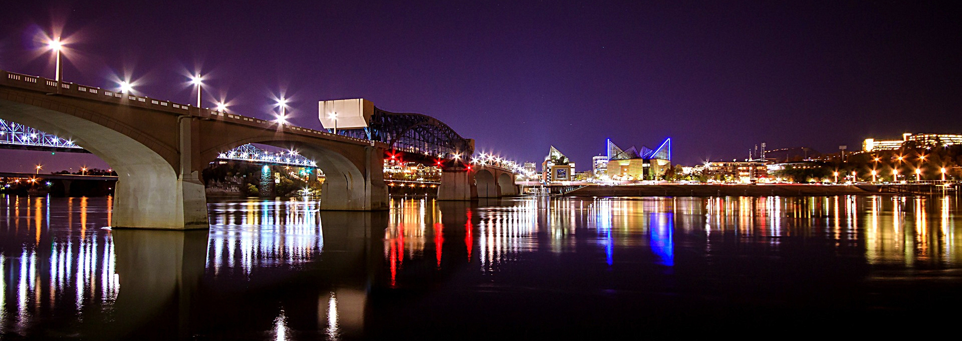 Stay and play chattanooga vacation rentals local information chattanooga is filled with things to do from family activities to downtown night life a city nestled between beautiful mountains and rivers and filled with publicscrutiny Gallery